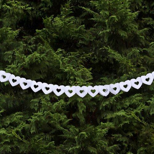 bruiloft-decoratie-hartjesslinger-wit