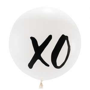 Mega ballon 'XOXO' wit