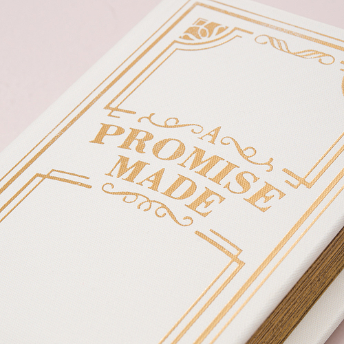 'A promise made' vintage ringenboek