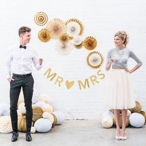 bruiloft-decoratie-slinger-mr-mrs-gold-glitter