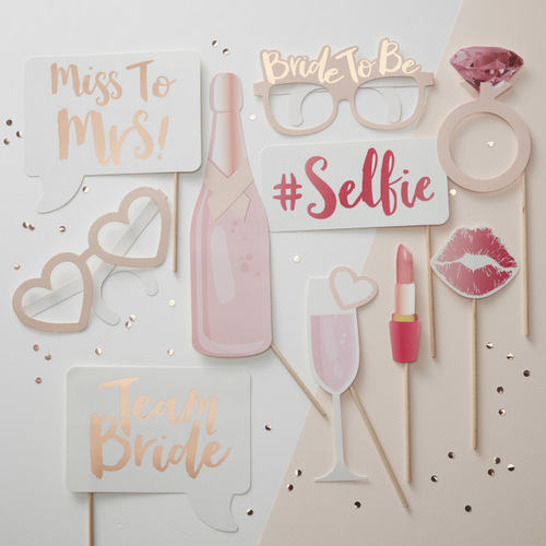 team-bride-photobooth-props