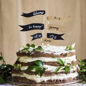 cake-topper-mini-flags