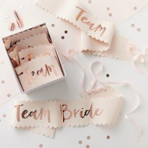 team-bride-sjerpen-vrijgezellenfeest