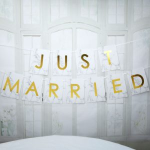 slinger-just-married-scripted-marble-large