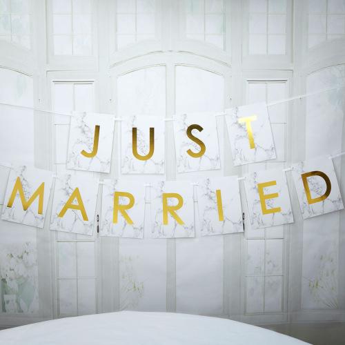 slinger-just-married-scripted-marble-large