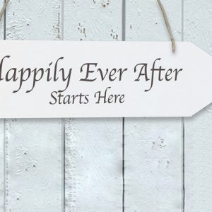 Houten pijl 'Happily Ever After'