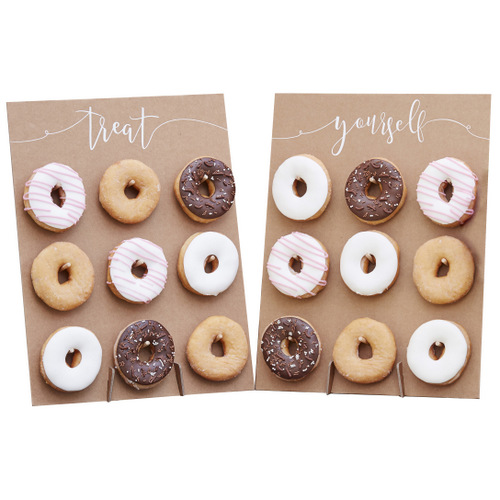 Donut-Wall-Rustic-Country