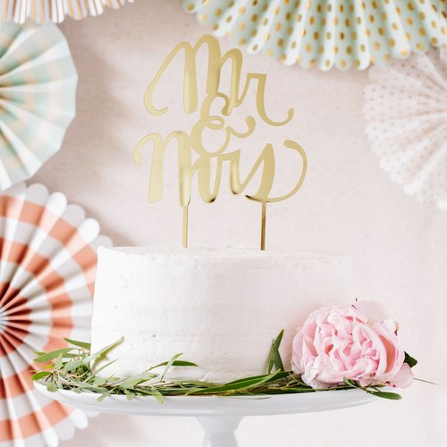 acryl-cake-topper-mr-mrs-goud