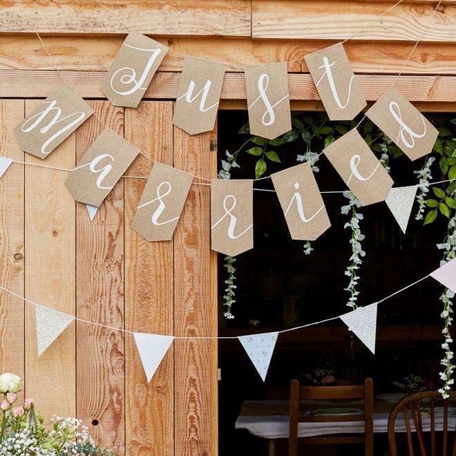 bruiloft-decoratie-slingers-bruiloft (5)