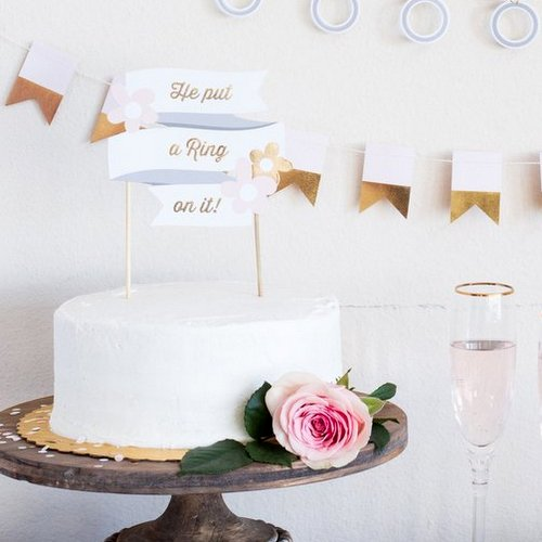 cake-topper-he-put-a-ring-on-it-miss-to-mrs
