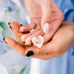 cadeau-bruid-ketting-crystal-heart-rosegoud