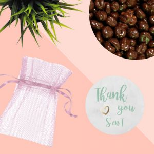 bedankjes-bruiloft-chocolade-tule-zakje (3)