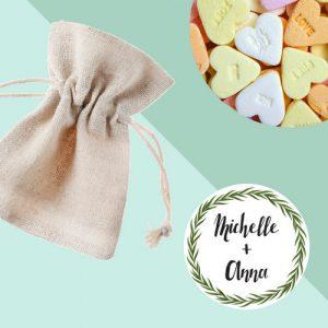 bruiloft-bedankjes-snoep-linnen-zakjes (1)