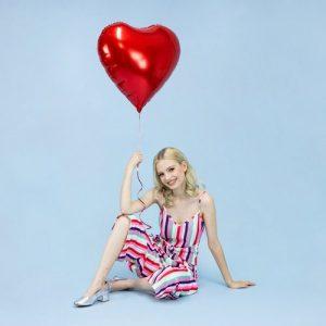 bruiloft-decoratie-folieballon-hart-rood-large-2