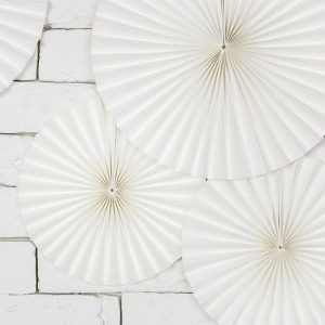 bruiloft-decoratie-paper-fans-off-white-4