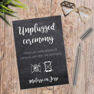 bruiloft-decoratie-poster-unplugged-ceremony-krijt