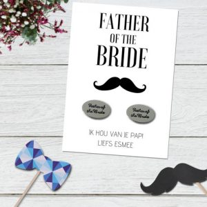 bruiloft-decoratie-manchetknopen-father-of-the-bride-moustache