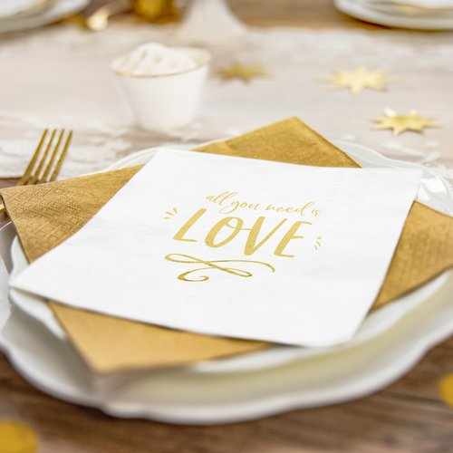 bruiloft-decoratie-servetten-all-you-need-is-love-3