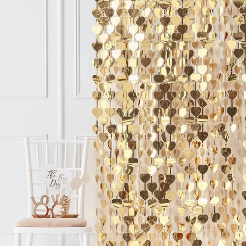 backdrop-gold-heart-gold-wedding