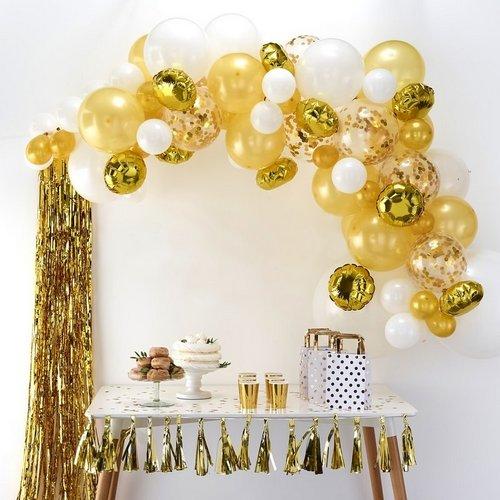 bruiloft-decoratie-ballonnenboog-gold (1)