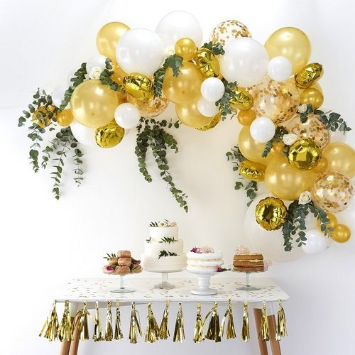 bruiloft-decoratie-ballonnenboog-gold (3)