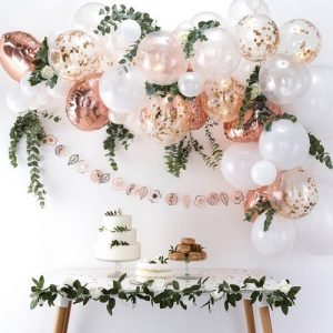 bruiloft-decoratie-ballonnenboog-rose-gold (2)