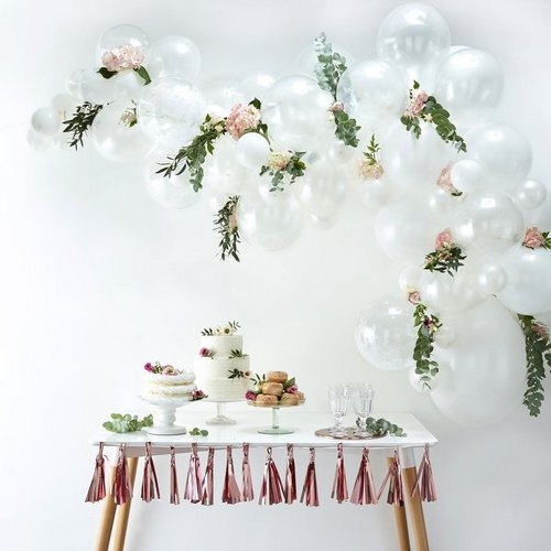 bruiloft-decoratie-ballonnenboog-white (4)