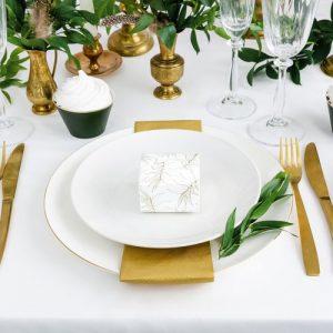 bruiloft-decoratie-bedankdoosjes-leaves-3