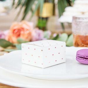 bruiloft-decoratie-bedankdoosjes-rose-golden-hearts-3