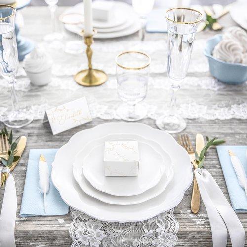 bruiloft-decoratie-bedankdoosjes-twigs-white-gold-5