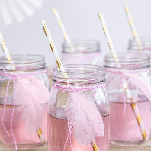 bruiloft-decoratie-decoratie-veren-pastel-roze-2
