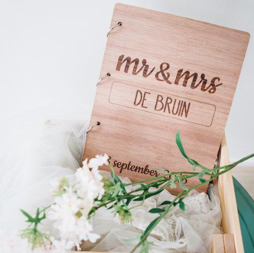 bruiloft-decoratie-gastenboek-hout-banner-gepersonaliseerd-2