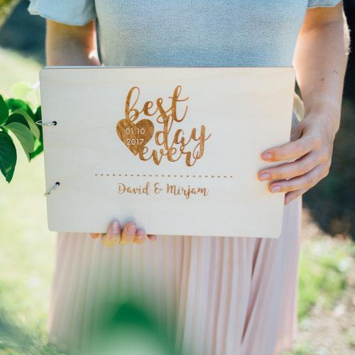 bruiloft-decoratie-gastenboek-hout-best-day-ever-gepersonaliseerd-2