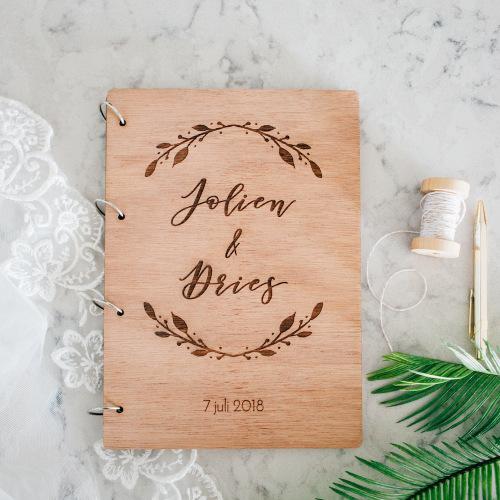 bruiloft-decoratie-gastenboek-hout-boho-gepersonaliseerd-2
