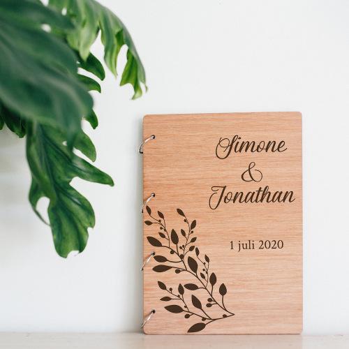 bruiloft-decoratie-gastenboek-hout-olijftak