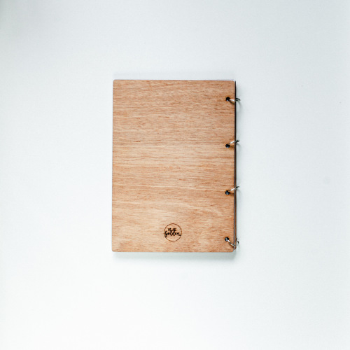 bruiloft-decoratie-gastenboek-hout-our-adventure-gepersonaliseerd-6