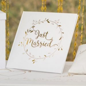 bruiloft-decoratie-gastenboek-just-married-white-gold (1)