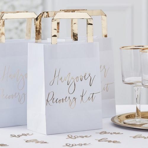bruiloft-decoratie-hangover-recovery-kit-tasjes-gold-wedding (2)