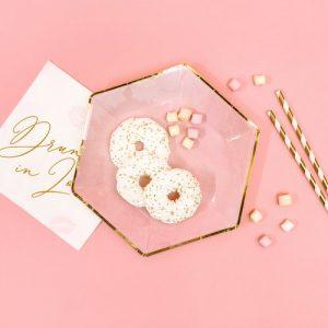 bruiloft-decoratie-papieren-bordjes-pink-gold-2