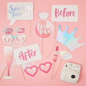 bruiloft-decoratie-photobooth-props-bride-tribe (1)