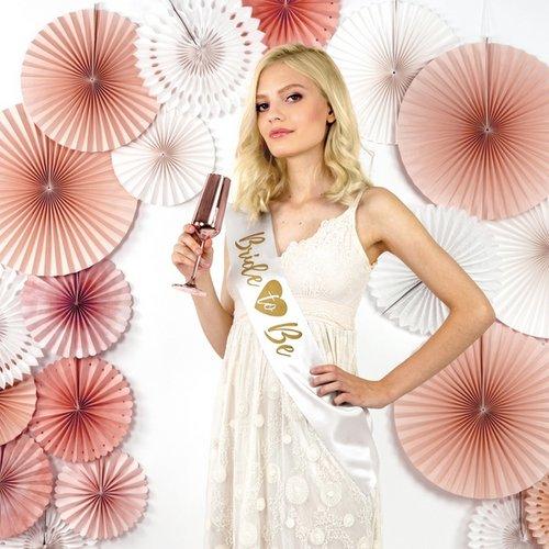 bruiloft-decoratie-sjerp-bride-to-be-white-gold-2