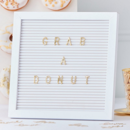 bruiloft-decoratie-vilten-letterbord-gold-wedding (2)