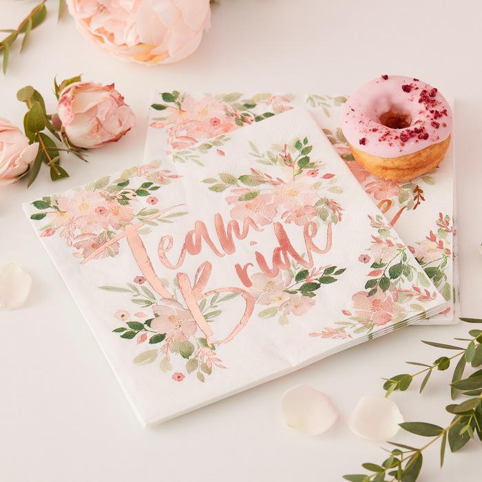 vrijgezellenfeest-decoratie-blog-floral-hen