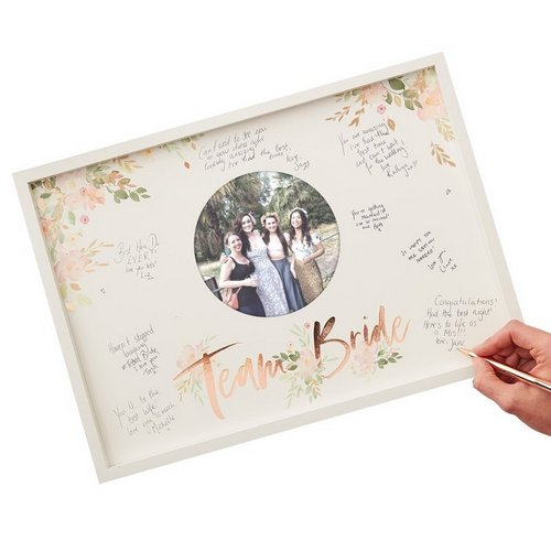 vrijgezellenfeest-decoratie-houten-frame-gastenboek-floral-hen (2)