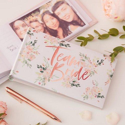 vrijgezellenfeest-team-bride-floral-hen (2)