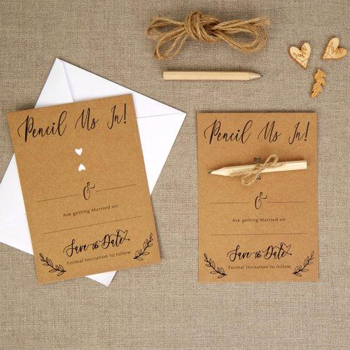 bruiloft-decoratie-save-the-date-kaarten-cencil-us-in-hearts-krafts
