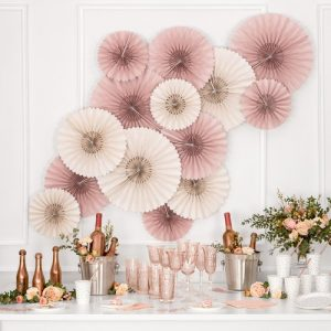bruiloft-decoratie-paper-fans-dusty-rose-2