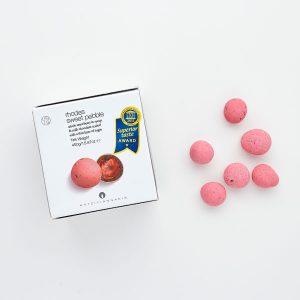 bruiloft-decoratie-bruidssuiker-aardbei-in-chocolade-roze-2
