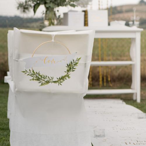 bruiloft-decoratie-houten-krans-botanical-love-2
