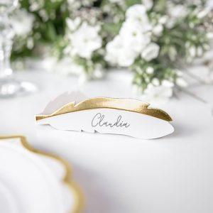 bruiloft-decoratie-plaatskaartjes-golden-feather-2